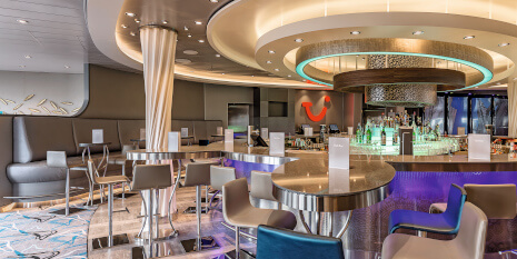 TUI Cruises Bar